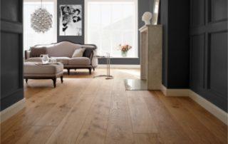 Schlichter Luxus Silverline Edition Naturmaterial Holz von Bauwerk Parkett