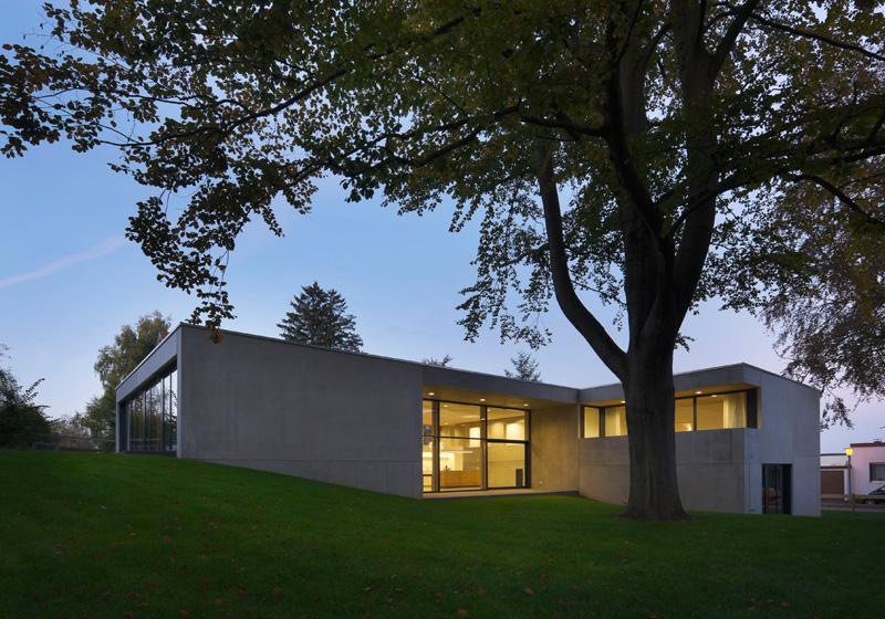 Hochmoderne Raumklimadecken innovatives und wohngesundes Deckensystem von IGR Innovationsgemeinschaft Raumklimasysteme