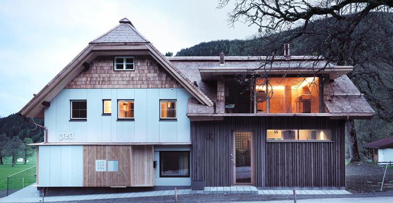 Alpines Öko Design fibreC Glasfaserbeton Sonnenschutz von Chalet Alpenrose