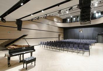 Europas höchstgelegene Kunst- und Konzerthalle Arlberg Flächentemperierung und Tonputz von EMOTON
