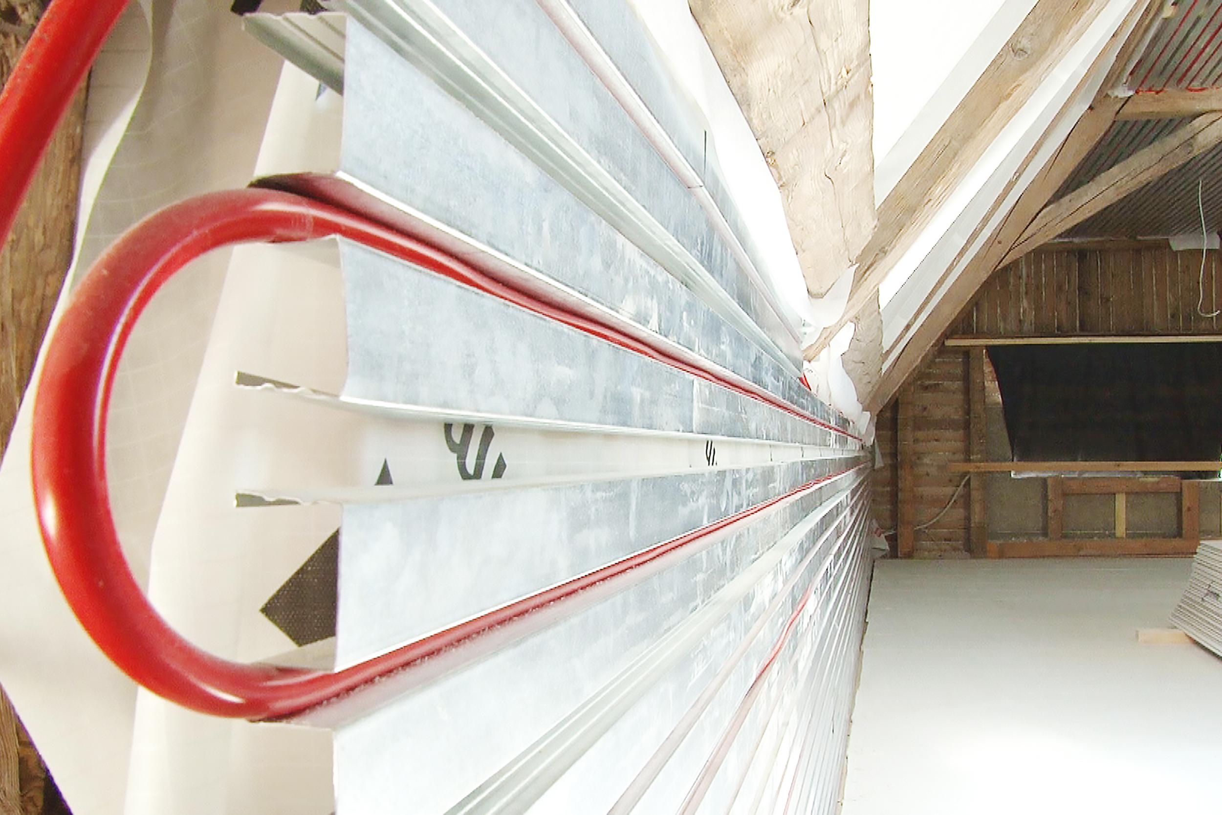 Klima-Profilsystem für ganzjährige Wohlfühltemperatur im Dachgeschoss von horrydoo